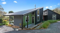 Sustainable home lets the colours flow photo