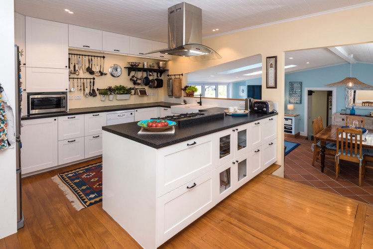white kitchen, open plan kitchen, renovated kitchen, renovating kitchens, resene double dutch white