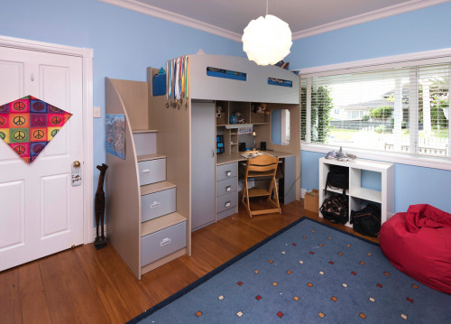 blue bedroom, kids bedroom, children's bedroom, marvel colour scheme, blue and red, resene polo blue