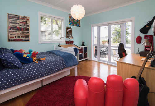 blue bedroom, kids bedroom, children's bedroom, marvel colour scheme, blue and red, resene onahau