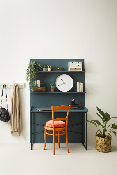 5 ways to use colour to define your desk space