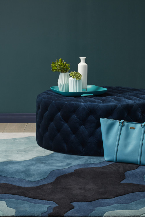 teal lounge, aqua lounge, teal feature wall, green feature wall, resene atlas, teal interior