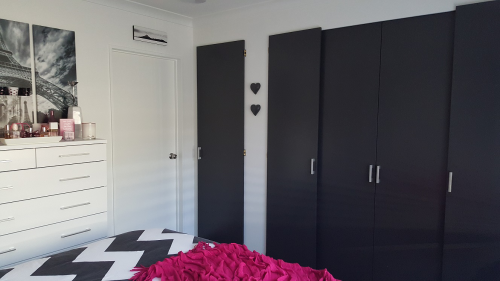 black bedroom, paint ideas