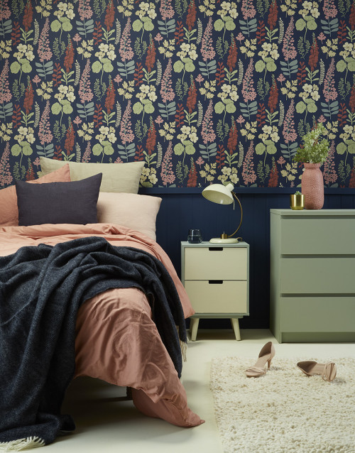 bedroom, wallpaper feature wall, floral wallpaper, tounge and groove panelling, blue and pink room