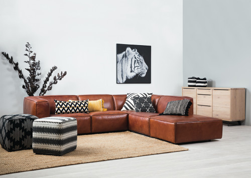 lounge, living room, grey living room, grey lounge, grey feature wall, leather couch