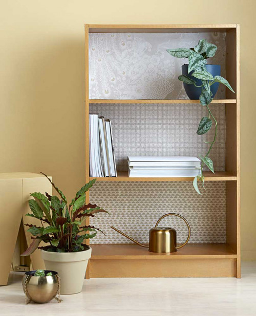 diy, gold, wallpaper, shelves, resene gold dust