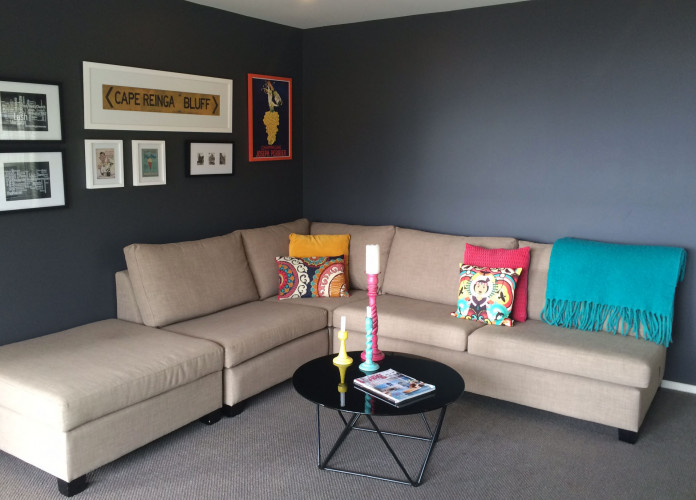 living room, lounge, tv room, grey lounge, grey living room, grey tv room