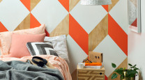 Bedrooms: go bold or stay neutral? photo