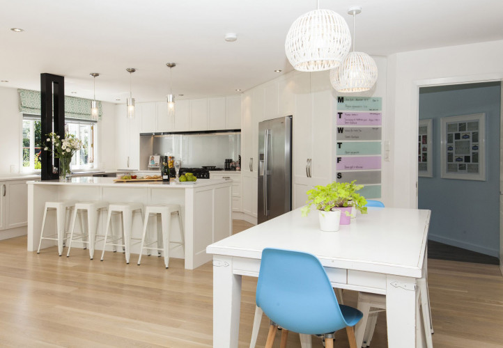kitchen, white kitchen, dining room, white dining room, white paint