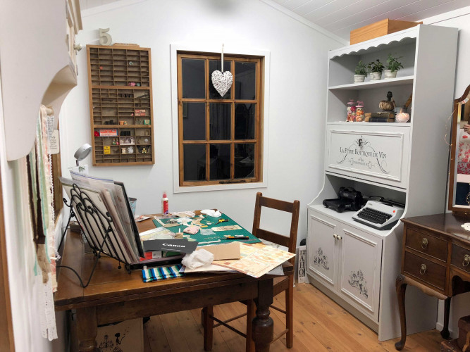 she shed, craft room ideas, craft room inspiration, home office ideas, study inspiration, resene