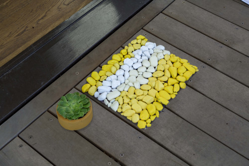 stone mat, door mat, diy door mat, pebble mat, painted pebbles, painted stones, exterior ideas