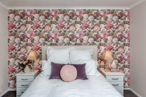 wallpaper feature wall, floral wallpaper, floral feature wall, floral bedroom, wallpaper inspiration